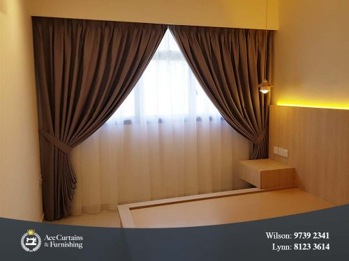 Luxury bedroom day and night curtains set.