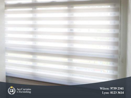 White Korean blind gives the room a soft light by filtering harsh sunlight.