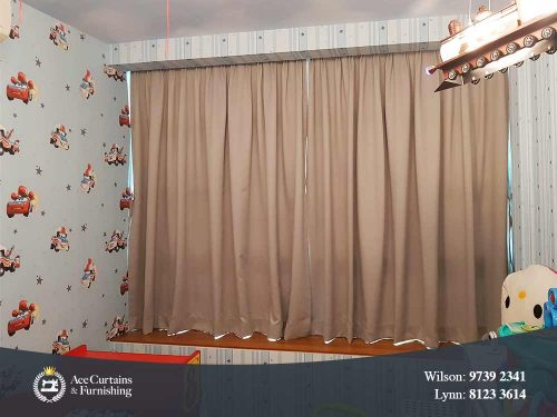 Dimout curtain for kids bedroom with printed wallpaper of Cars.