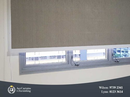 Window blinds with Remsafe cable lock acting as window restrictors.