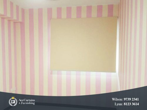 Pink white stripes wallpaper with window roller blind for kids bedroom.
